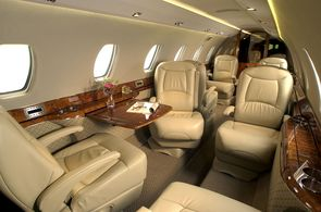 JUMP_AWAY_Privatjet_Kreuzflug