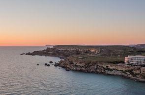 Blick auf traumhafte Bucht auf Malta