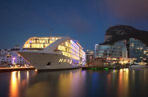 Incentive-Gäste in Gibraltar können auch auf einem Schiff übernachten