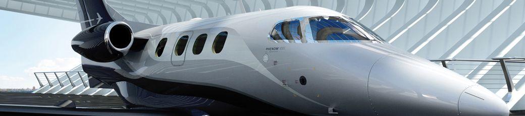 Embraer Phenom 100 im Hangar