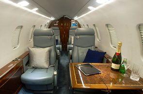 Kabine eines Bombardier Learjet 45