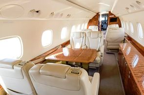 Kabine einer Embraer Legacy