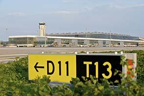 Blick auf das Vorfeld am Flughafen Malaga