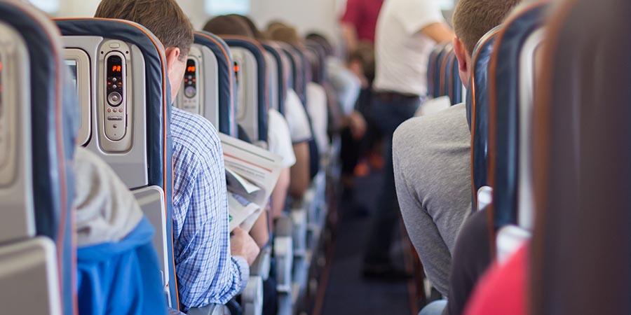 Blick in die Kabine eines Passagierflugzeuges